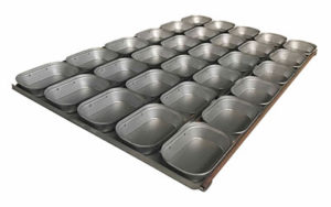 Self Cutting Pie Tray Oblong - 3 Rows x 9, 16 Inch - Panglazed O12716P